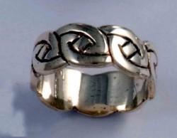 Lindisfarne Knot Zilveren ring