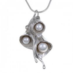 Triple Pearl Lily hanger