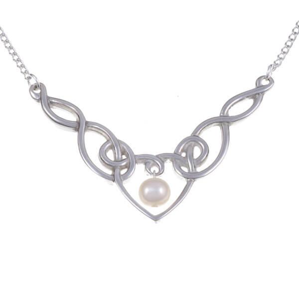 Pearl Heart hanger