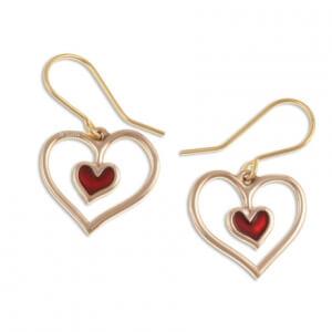 Rood hart bronzen oorbellen (BZE78)