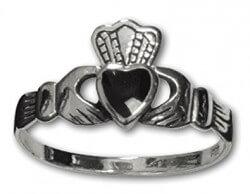 Claddagh Zilveren Ring met onyx