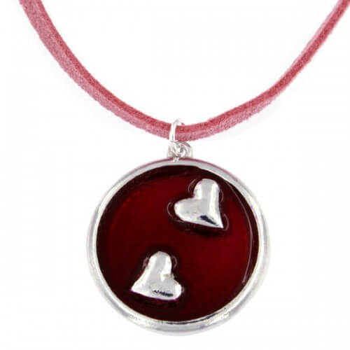 Twee harten rood emaille hanger