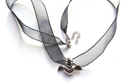 Vliegend Hart zilveren hanger met lint