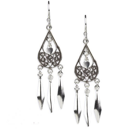 Zilveren oorbellen Oriënteren