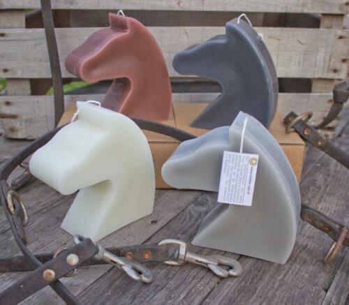 Paard kaars briun